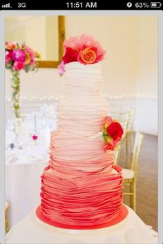 So pretty! Cake decorating