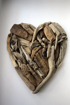 Wall Decorations – Driftwood heart – a unique product by yalos-alanya on DaWanda