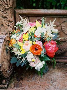 Ramos de novia 2017: ¡Complementa tu look con las mejores flores! Image: 23