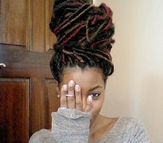 This is how I want my dread extensions to look!