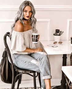 Top 5 Best Sulfate Free Purple Shampoos To Tone Blonde Hair | MayaLaMode Silver Ombre Hair, Dyed Hair Ombre, Hair Color Remover, Updo Hairstyles Tutorials, Messy Updo, Easy 5, Updos, Hair Cuts, How To Remove