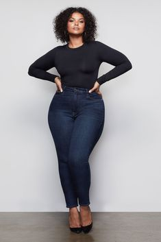 Date night butt. All bodysuits include a GOOD AMERICAN pouch and pasties for easy wear. Available in a full and inclusive size range from 0 to Body Suit Outfits, Curvy Outfits, Plus Size Outfits, Stylish Outfits, Plus Size Photography, Photography Poses Women, Looks Plus Size, Plus Size Model, Curvy Fashion