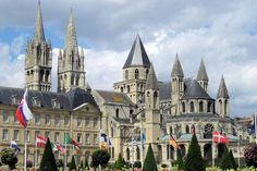 The Abbaye aux Hommes symbolizes the power of William the Conqueror and the history of Caen in the Middle Ages. The convent buildings of the latter and the abbey of Saint-Étienne were built in Caen stone thereafter.
