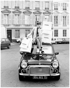 porelpiano: CHANEL + MINI + Christy Turlington