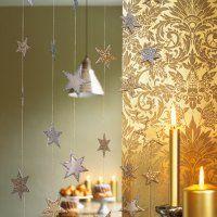 Guirlande étoiles en carton argent et or - Marie Claire Idées