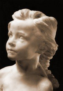 My favorite statue made by Camille Claudel: la petite châteleine in marble (1892). Read my articles (in Dutch) on http://www.camilleclaudelstatuaire.wordpress.com