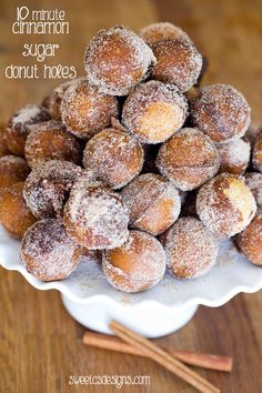 Delicious Cinnamon Sugar Doughnut Holes that you can make at home in 10 minutes! You probably already have all the ingredients on hand!