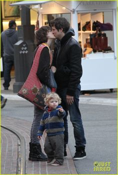 Marion Cotillard & Guillaume Canet... and son Marcel who might be the cutest thing ever.