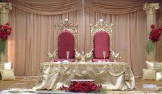 wedding reception head table setup   Head table or sweetheart table?