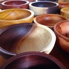 Simple Woodturning Lathe Projects Tips. Finding Solutions In DIY Wood Turning - DIY Motivate Lathe Tools, Woodworking Lathe, Learn Woodworking, Woodworking Projects, Woodworking Quotes, Youtube Woodworking, Woodworking Supplies, Intarsia Woodworking, Woodworking Magazine