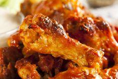 ¿Te gustan las alitas de pollo? ¿Cómo las sueles preparar? Hoy traemos para empezar la semana con energía unas alitas de pollo caramelizadas que van cocina