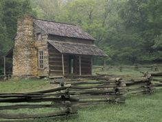 John Oliver Cabin in Cades Cove, Great Smoky Mountains National Park, Tennessee