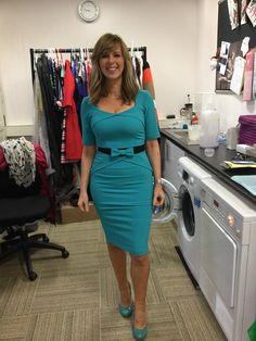 high heels – High Heels Daily Heels, stilettos and women's Shoes Kate Galloway, Carol Vorderman, Tv Girls, Hot High Heels, Girl With Curves, Tv Presenters, Sexy Older Women, Voluptuous Women, White Girls