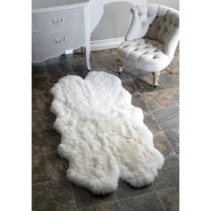 @Overstock - nuLOOM Alexa Quatro Sheepskin Wool Four Pelt Shag Rug - Soft, plush and fashion-forward is the perfect way to describe this sheepskin rug. Made of real sheepskin hide, you won't want to let go of this fabulous, furry rug.  http://www.overstock.com/Home-Garden/nuLOOM-Alexa-Quatro-Sheepskin-Wool-Four-Pelt-Shag-Rug/3498489/product.html?CID=214117 $184.99