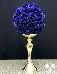 ROYAL BLUE Rose Ball made of PREMIUM Real Touch Roses. Royal Blue Flower Ball. Royal Blue Pomander. Royal Blue Centerpiece. Royal Blue Wedding. Quinceanera. Pick Rose Color! 10 Size Pictured.  GOLD STAND Sold Separately Hot Pink Weddings, Blue Wedding, Rainbow Wedding, Burgundy Wedding, Peacock Wedding, Nautical Wedding, Royal Blue Centerpieces, Wedding Centerpieces, Wedding Decorations