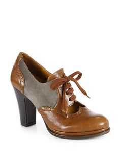Chie Mihara - Brizna Leather  Suede Lace-Up Oxford Pumps