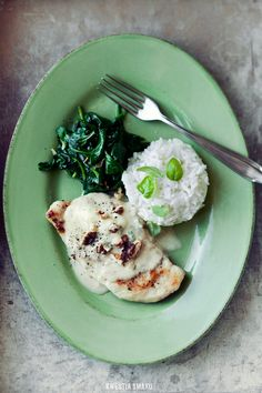 Spinach & Gorgonzola Chicken Breast