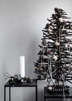 christmas tree & candles | Xmas decoration . Weihnachtsdekoration . décoration noël | Broste Copenhagen | Styling:: Marie Graunbøl | Photo: Line Thit Klein |