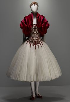 ALEXANDER MCQUEEN, ensemble from 'The Girl who Lived in the Tree,' autumn/winter 2008-9. The collection was based on a dreamy fairy tale inspired by an elm tree in his country home in East Sussex. Courtesy of the metropolitan museum of art