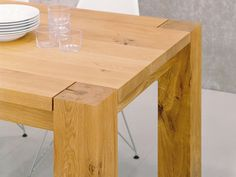 e15 BigFoot Dining Table 2300