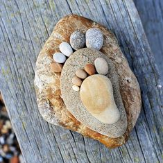 Stone-Footprints-land-art-Iain-Blake-10