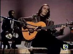 Grow up with this passionate and rythmical music in Spain, and Paco de Lucia that we see here from 1976, is still one of the best Flamenco Music player  ♥