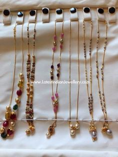 Jewellery Designs: Simple Chains 50000 Rupees Each Jewelry Design Earrings, Gold Earrings Designs, Gold Jewellery Design, Necklace Designs, Fancy Jewellery, Ring Designs, Light Weight Gold Jewellery, Gold Jewelry Simple, Bridal Jewelry