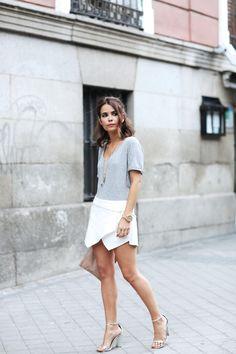 Camiseta/Top:ASOS,HERE; Falda Pantalón/Skort:Zara,HERE; Bolso/Bag:ASOS,HERE; Reloj/Watch:Styligion,HERE; Sandalias/Sandals:ASOS,HERE; Collares/Necklaces:H,Brandy Melville.