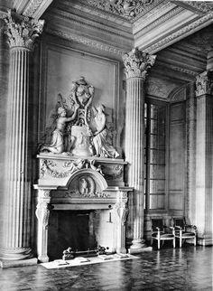 Inside the Salon of the Château de Maisons-Laffitte