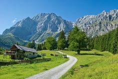Tipps für Salzburg I 1000things - wir inspirieren Geocaching, Salzburg, Bike Hotel, Austria, Sunshine, Country Roads, Mountains, Instagram, Nature