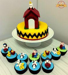Bolo e Cupcakes Snoopy