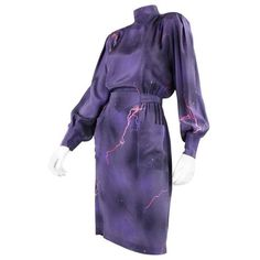 Preowned 1980's Thierry Mugler Purple Silk Dress ($595) ❤ liked on Polyvore featuring dresses, purple, purple vintage dress, long sleeve vintage dresses, longsleeve dress, 80s dress and purple day dress