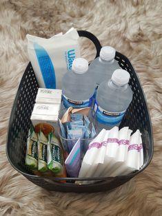 33 Weeks Pregnant, Breastfeeding, Lunch Box, Essentials, Basket, Live, Baby, Baby Feeding, Breast Feeding