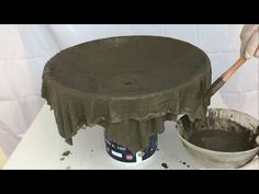 Amazing Ideas Cement Craft Extremely Simple / Cement Pot With Cloth / Garden Decoration - YouTube Cement Flower Pots, Cement Pots, Concrete Garden, Concrete Planters, Diy Planters, Concrete Bench, Concrete Furniture, Urban Furniture, Concrete Casting