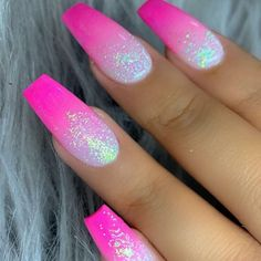 In seek out some nail designs and ideas for your nails? Here is our set of must-try coffin acrylic nails for stylish women. Coffin Nails Ombre, Pink Ombre Nails, Summer Acrylic Nails, Best Acrylic Nails, Pink Coffin, Pink Glitter Nails, Pink Nail Art, Spring Nails, Silver And Pink Nails
