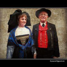 Costume Alsacien  by Pixanne, via Flickr