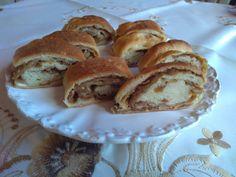 Bread, Origami, Food, Caramel, Breads, Baking, Meals, Yemek, Origami Art