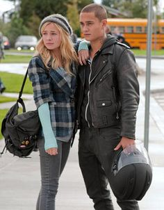 Rafi Gavron and Britt Robertson from Life Unexpected <3 :) As Bug and Lux.
