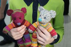Ravelry: Santerigirl's Timmy & Lola Teddy bears made of Regia sock yarn