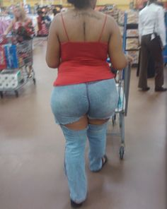 Big butts in walmart pic 346
