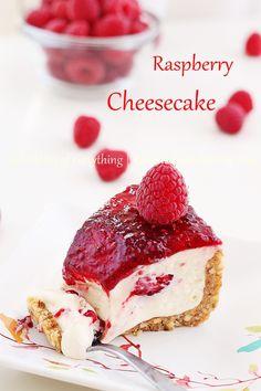 no bake raspberry cheesecake   roxanashomebaking.com