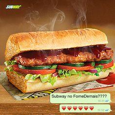 Um delicioso steak de carne suína, sabor costelinha e ao molho barbecue   Peça o seu pelo fomedemais.com S2 S2 S2    ____ Imagem ilustrativa e produto disponível por tempo limitado.