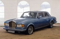 1967 re-bodied by Hooper in 1980 with oval rear-window (chassis CRH1721)