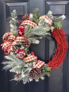 88 Stunning Red Christmas Wreaths Decoration Ideas to Festive Your Home Look - Christmas Wreaths For Front Door, Holiday Wreaths, Door Wreaths, Christmas Decorations, Winter Wreaths, Christmas Mom, Green Christmas, Homemade Christmas, Wreath Crafts