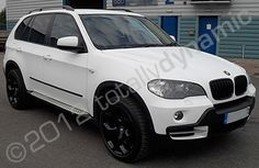 BMW X5 wrapped in matt white vinyl by Totally Dynamic North London