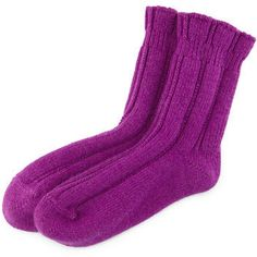 Cashmere-Blend Ruffled Bedsocks | Don't let cold feet stand in the way of a great night's sleep. Plus, cashmere! #bedtime #sleeptips #giftideas #socks #soft #adorable #ad
