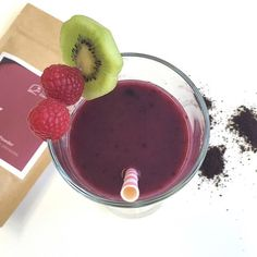 Superfood-Smoothie mit Acai Pulver von Terra Elements