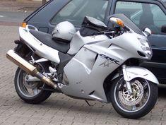 Honda_CBR_1100_XX_silver_vr.jpg (800×602)
