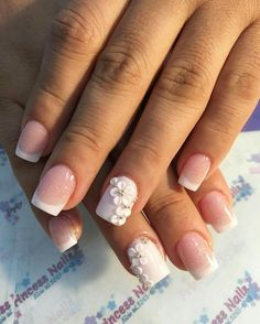 Amazing Tips For The Best Summer Nails – NaiLovely Cute Acrylic Nails, Cute Nails, Pretty Nails, Bridal Nails, Wedding Nails, Shellac Nails, My Nails, Polka Dot Nails, Cheetah Nails