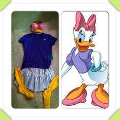 For a future Run Disney race. Team Costumes, Run Disney Costumes, Running Costumes, Disney Princess Half Marathon, Disney Marathon, Disney Running Outfits, Daisy Costume, Running Feet, Fun Runs